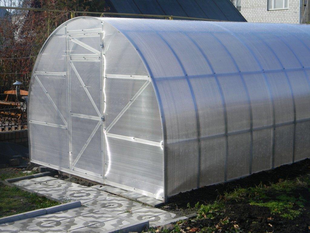 Теплица из поликарбоната с раздвижной крышей своими руками